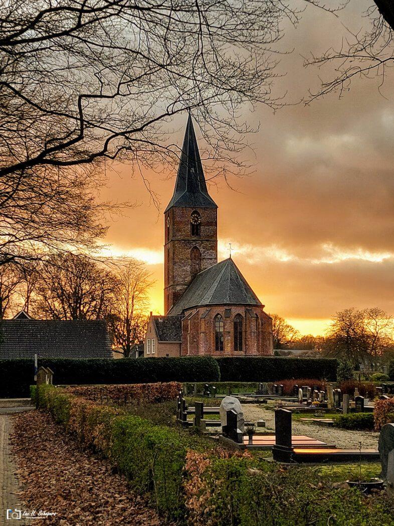 Jacobuskerk Rolde   Zonsondergang
